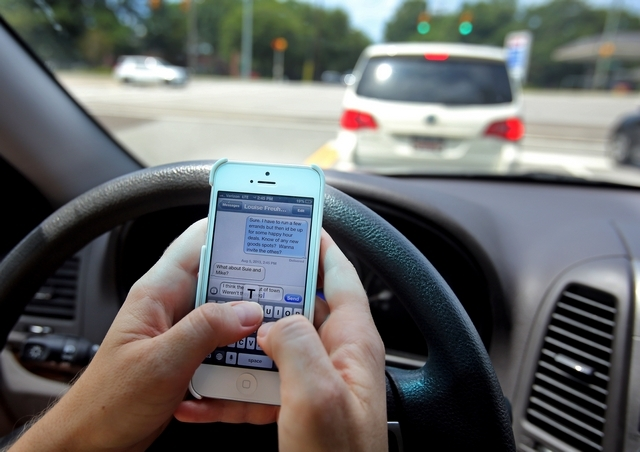 Common Legal Issues in Distracted Driving Cases Miami Car Accident Attorney